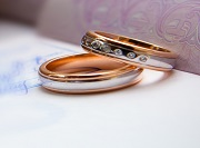 Rights & Protections for Foreign-Citizen Fiancé(e)s & Spouses